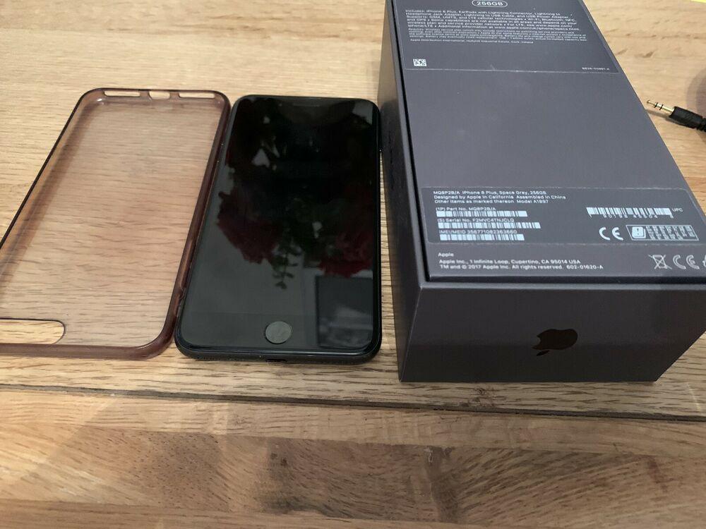 Apple iPhone 8 Plus 256GB Unlocked Smartphone - Space Grey