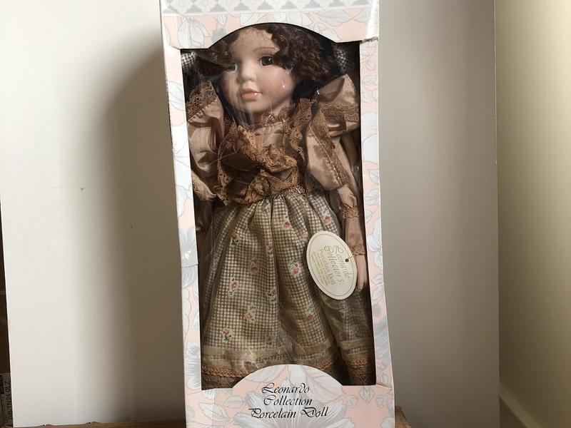 "The Leonardo Collection Porcelain Doll ""Helen""16 inch"