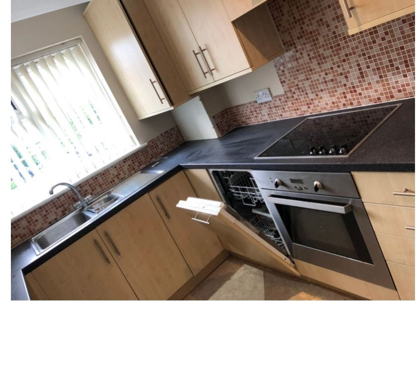 Full kitchen units and worktop with appliances