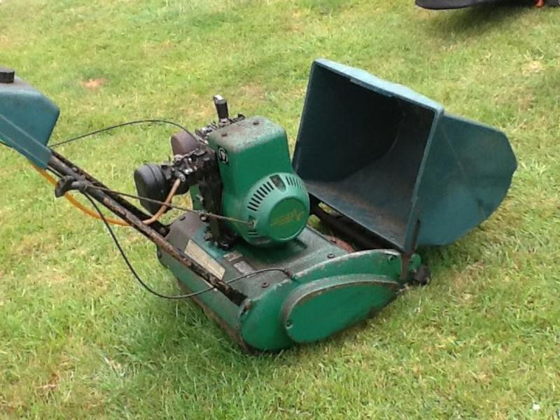 Qualcast Suffolk Punch 35s mower