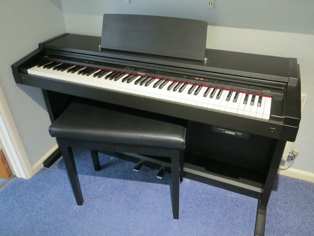 ROLAND HPG DIGITAL PIANO 88 KEYS 4 VOICES WITH STOOL