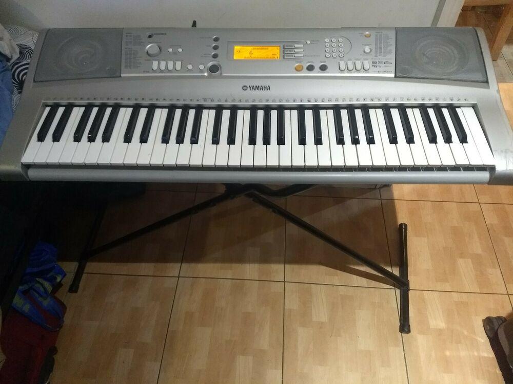 Yamaha PSR E303 Keyboard with stand