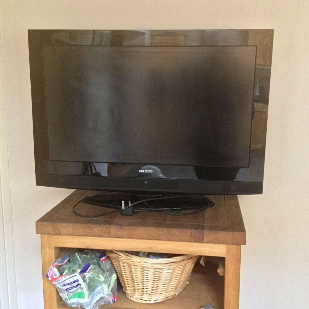 HD Ready Digital LCD TV 32in