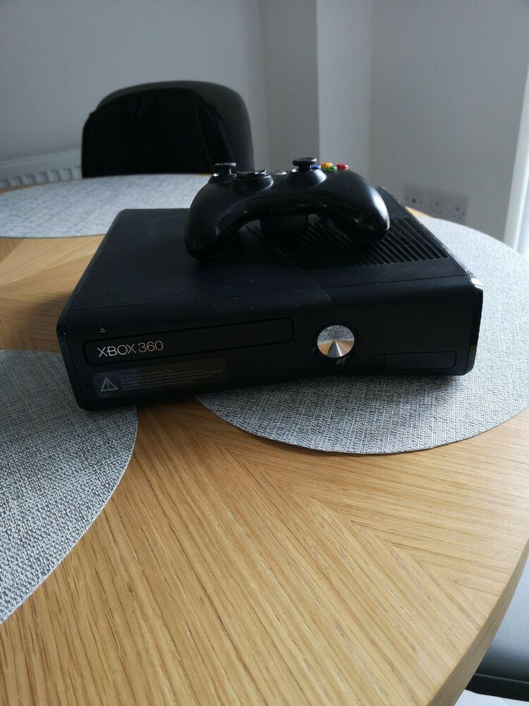 Microsoft Xbox 360 S - 250Gb Black Console (PAL) with