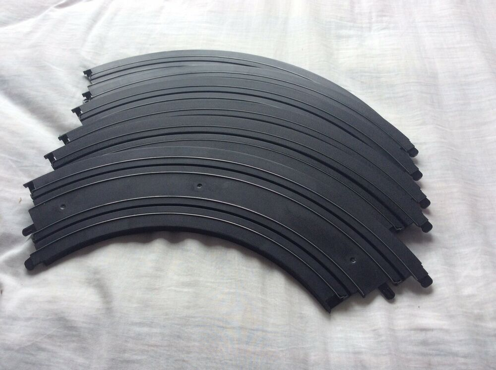 Genuine Micro Scalextric 1:64 Track - L Large Bends/
