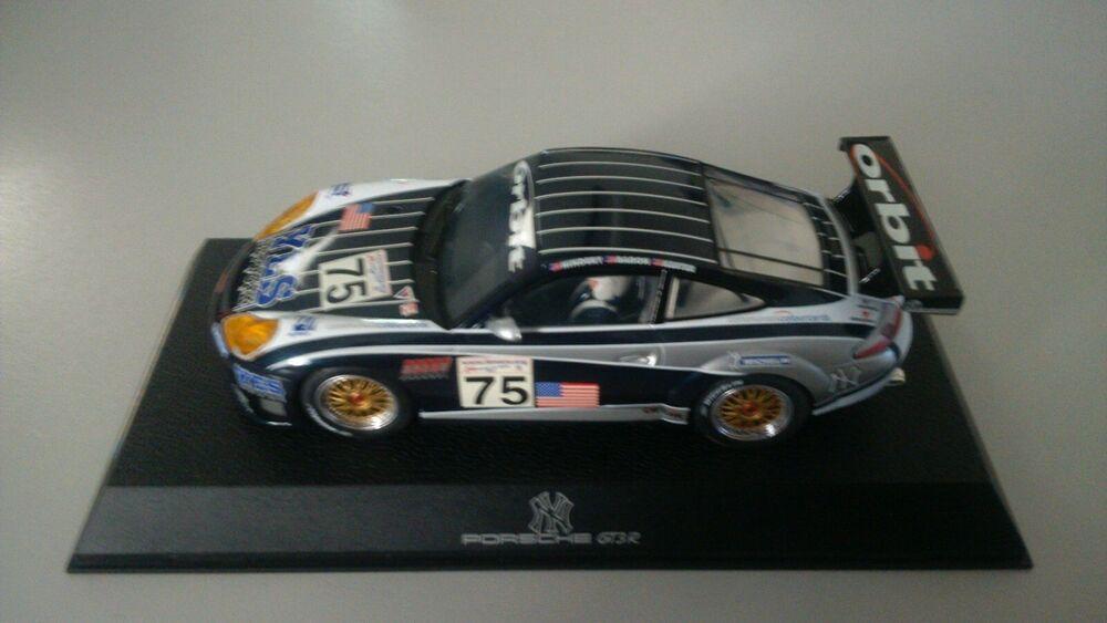 """Scalextric C Porsche 911 GT3R, """"N Y Yankees No75"""""""