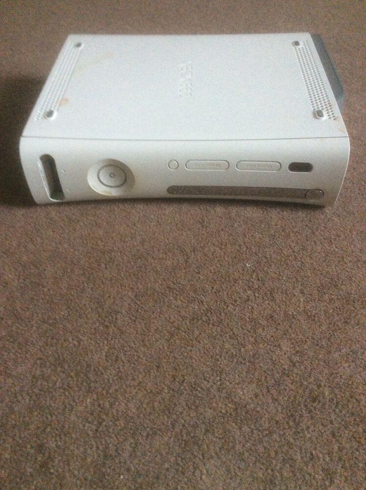Microsoft Xbox 360 White Arcade Console