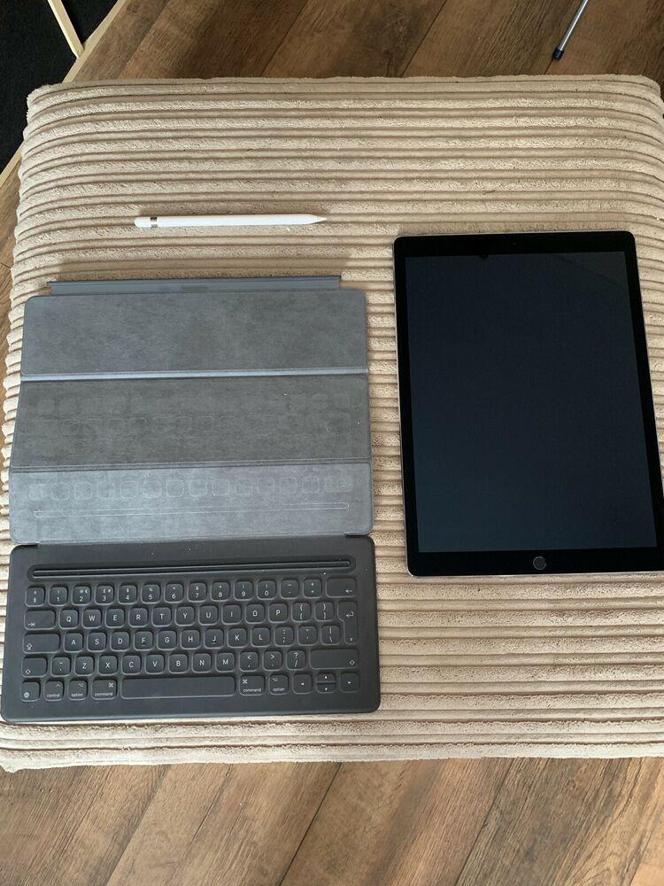 Apple iPad Pro 1st Gen. 128GB, Wi-Fi, 12.9in - Space Grey