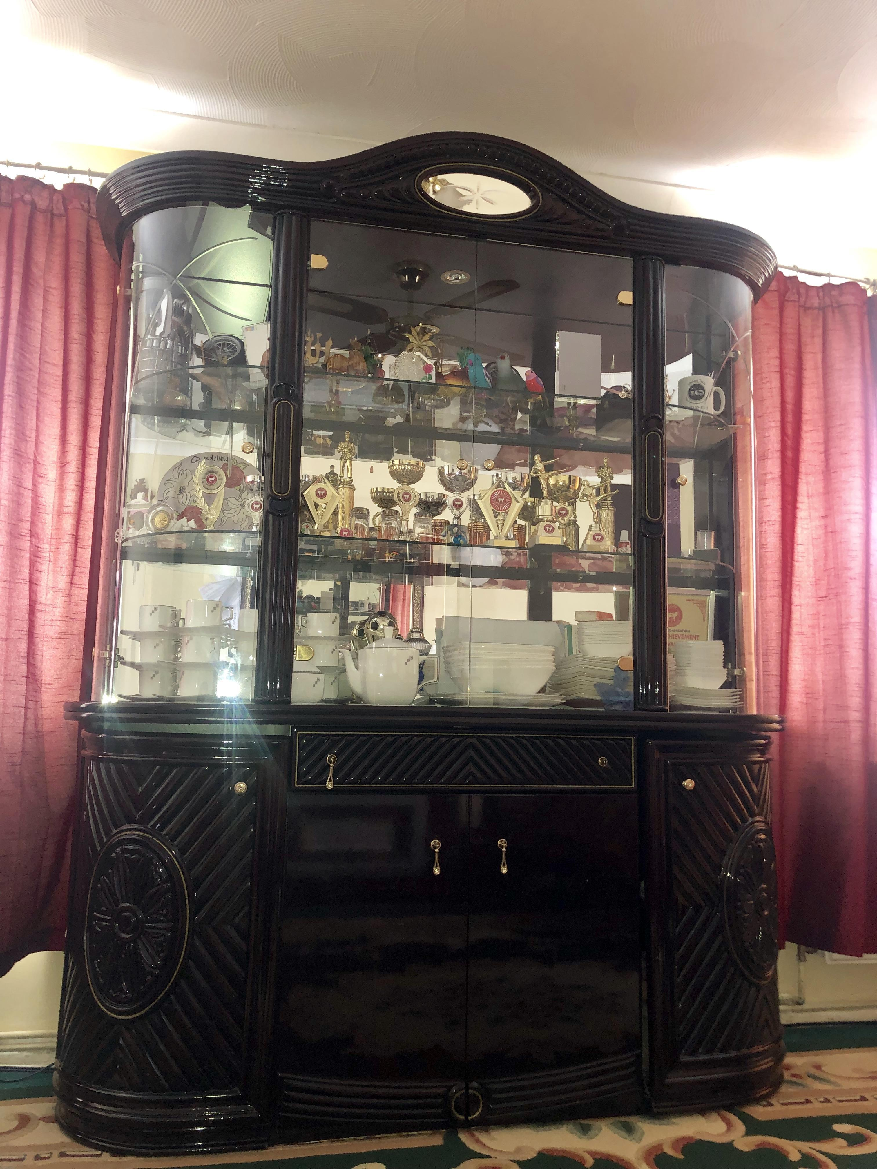 Display Cabinet: FOR SALE!