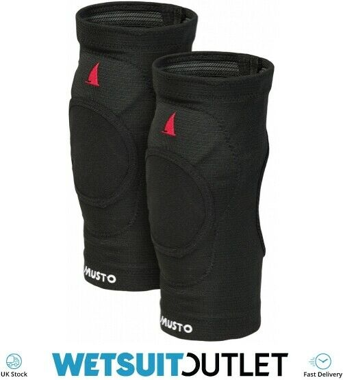 Musto D30 Impact Knee Pads Black Ergonomically designed for