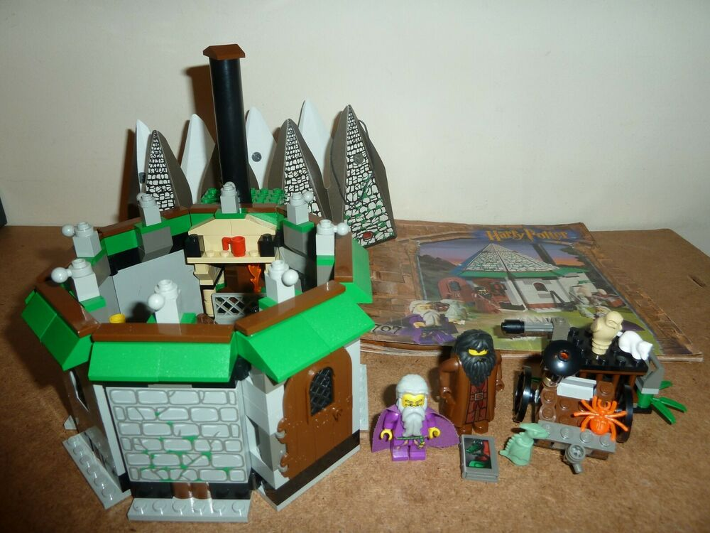 LEGO HARRY POTTER  HAGRID'S HUT 1ST EDITION COMPLETE