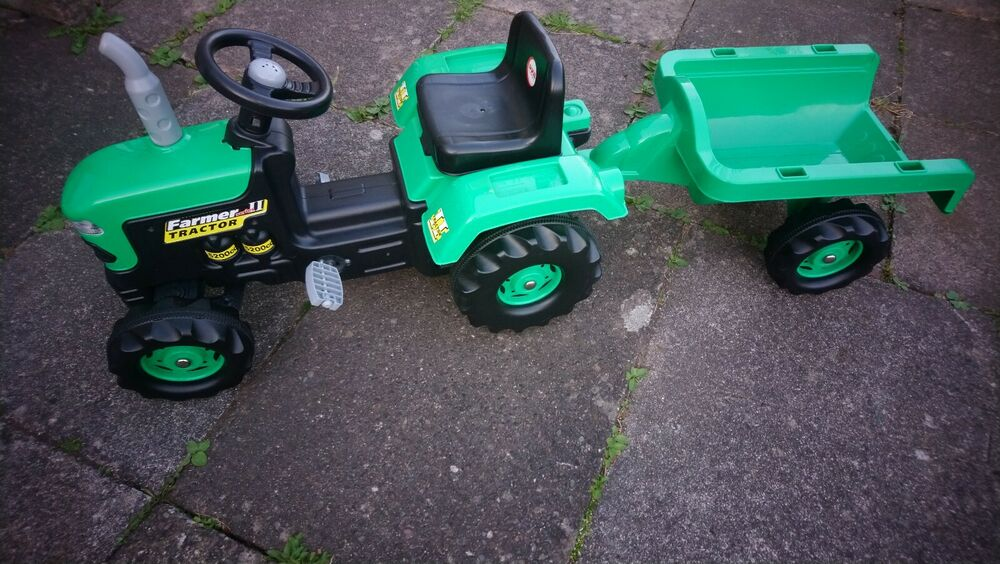 Dolu Toy Factory Tractor Pedal Operated With Trailer Age 3+