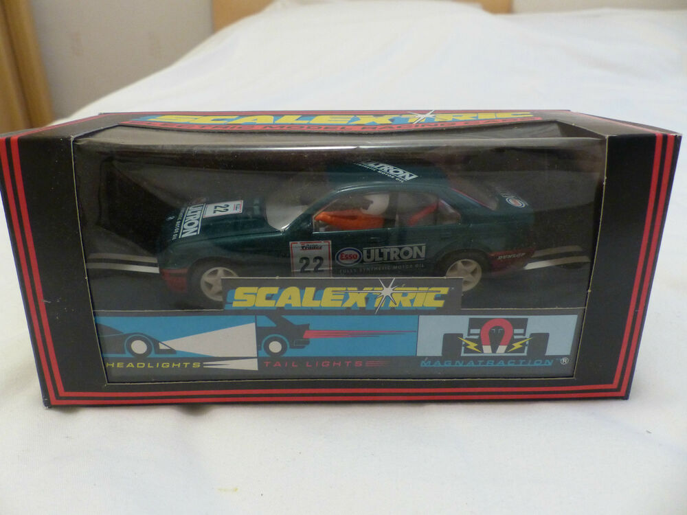 Scalextric BMW 318i Esso Ultron C251