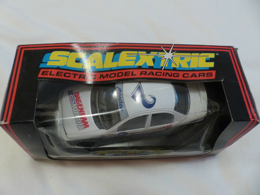 Scalextric Ford Mondeo Cosworth Dagenham Motors C579