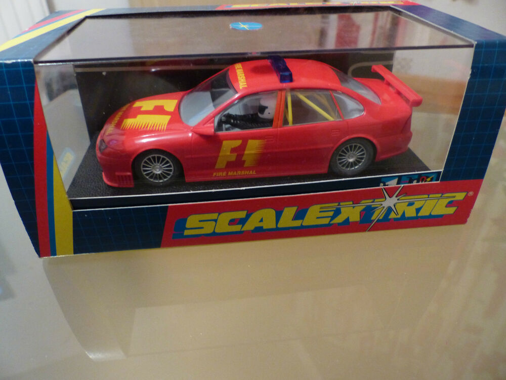 Scalextric Vectra F1 Fire Marshal C Red