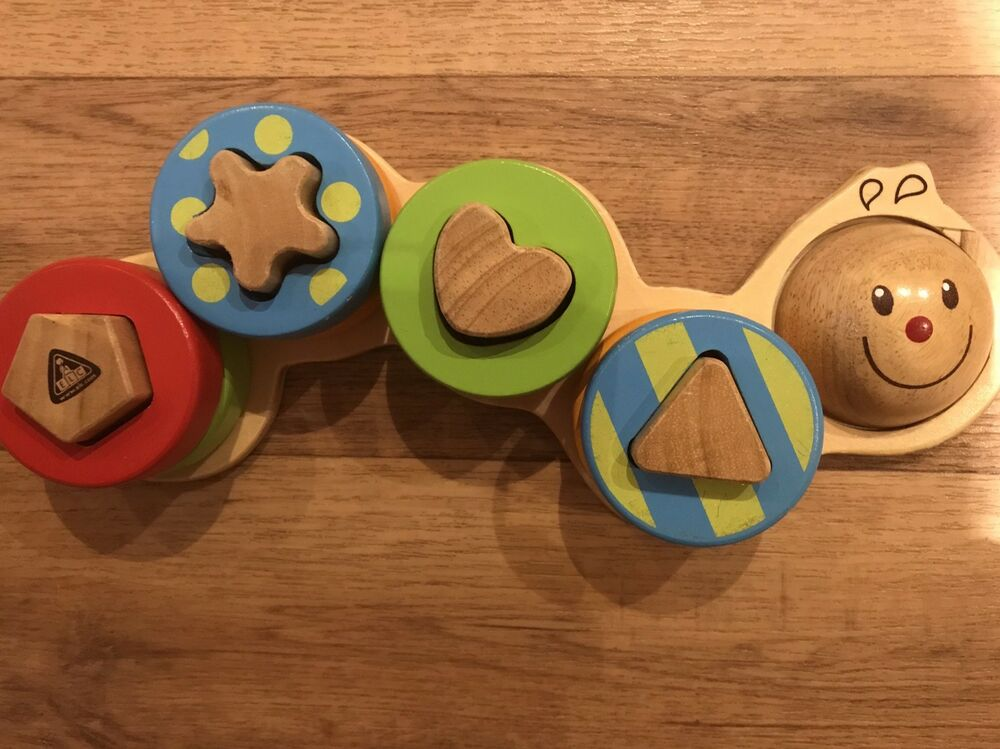 Shape Sorting Caterpillar Wooden - Early Learning Centre