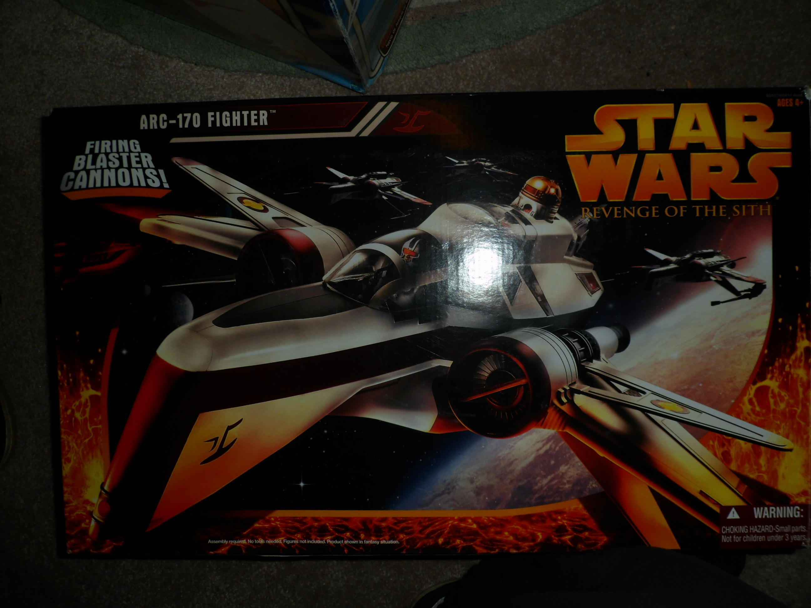 STAR WARS REVENGE OF THE SITH ARC -170 FIGHTER