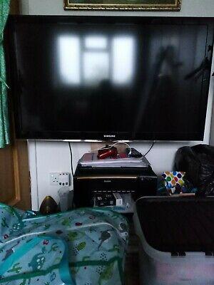 Samsung LE46C530F1W HD p Digital Freeview TV 46 inch