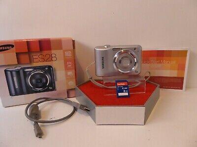 Samsung ES Series ESMP Digital Camera - SILVER 2 Gb