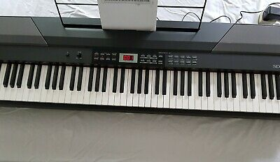 Gear4music SDP-4 Stage Digital Piano in Black