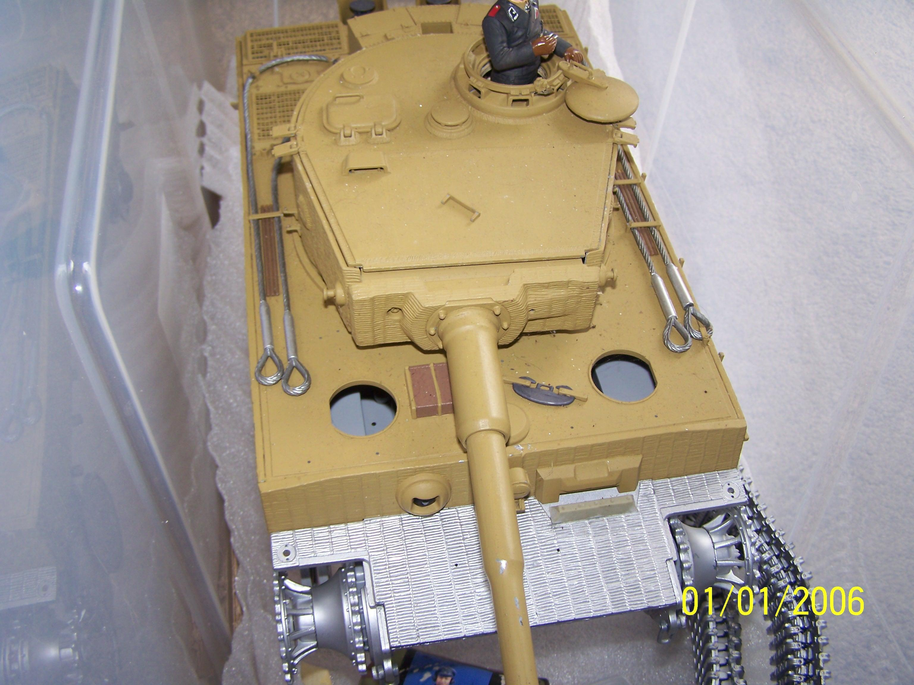 1.15th scale military tiger tank kit,plastic/metal,complete