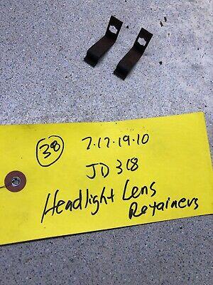John Deere  Tractor Headlight Lens Clips