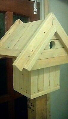 Wooden Bird House - Nesting box
