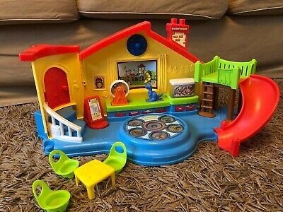Fisher Price Little People Preschool Playset House