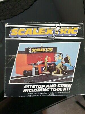 SCALEXTRIC VINTAGE PITSTOP & PIT CREW BOXED - C703