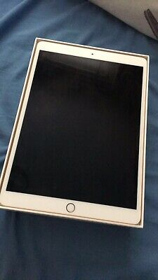 Apple iPad Pro 2nd Gen. 64GB, Wi-Fi, 10.5in - Gold And Apple