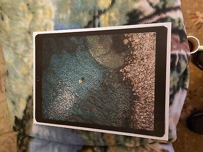 Apple iPad Pro 2nd Gen. 64GB, Wi-Fi, 12.9in - Space Grey