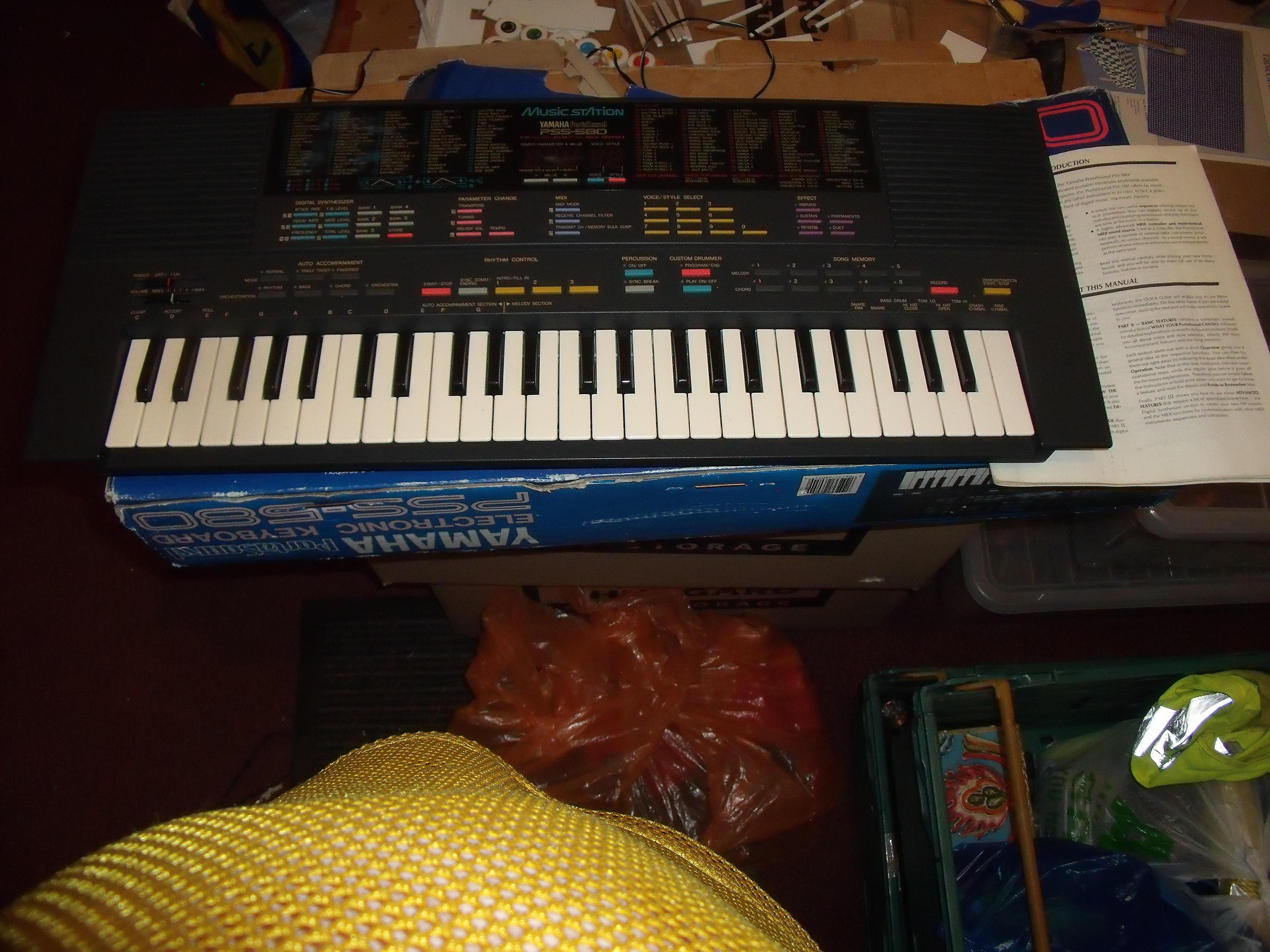Vintage PSS 580 Yamaha Keyboard Synth