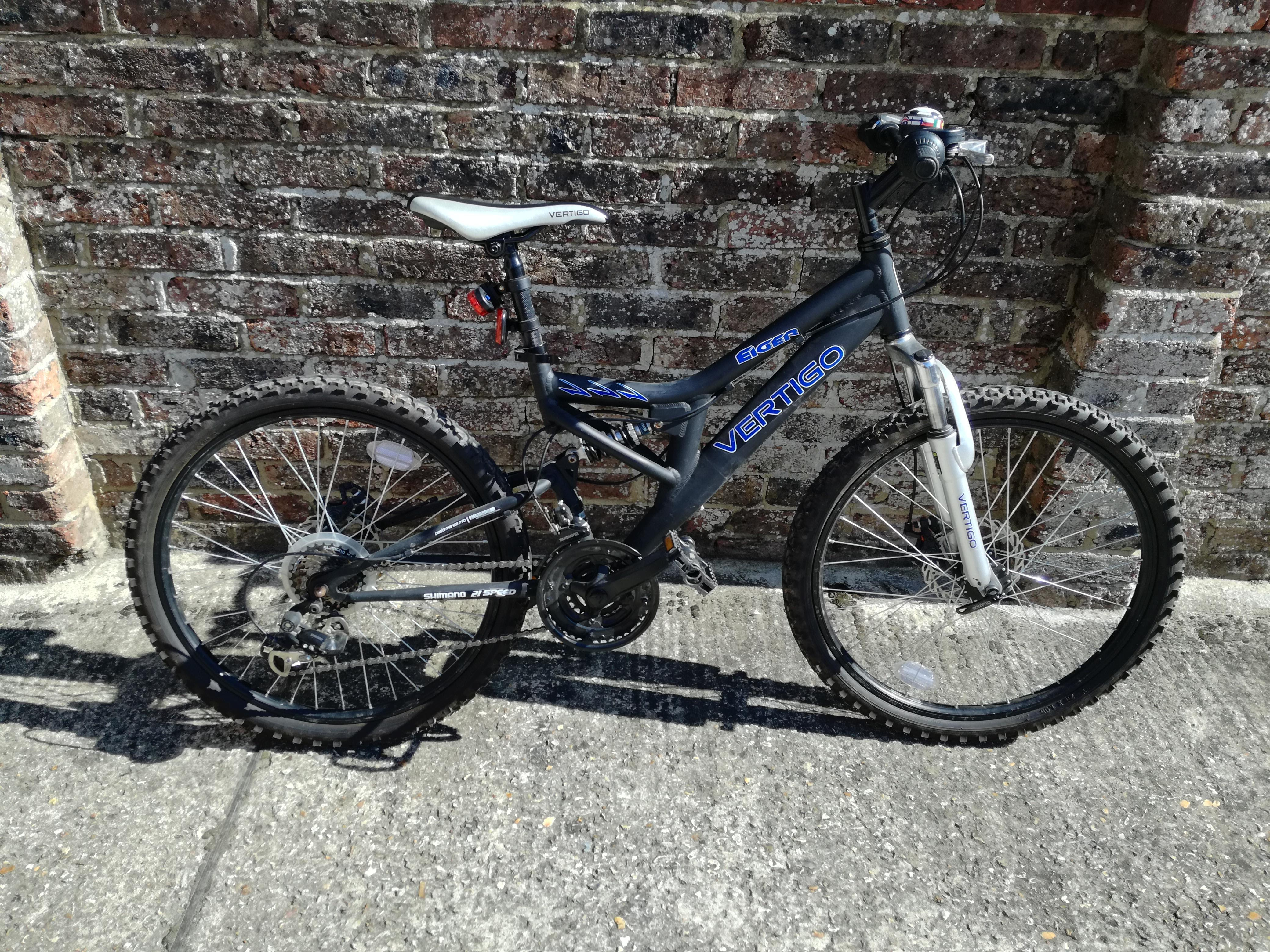 Dual suspension mountain bike 14 inch frame