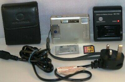 Konica Minolta DiMAGE Xg 3.2MP Digital Camera - Silver