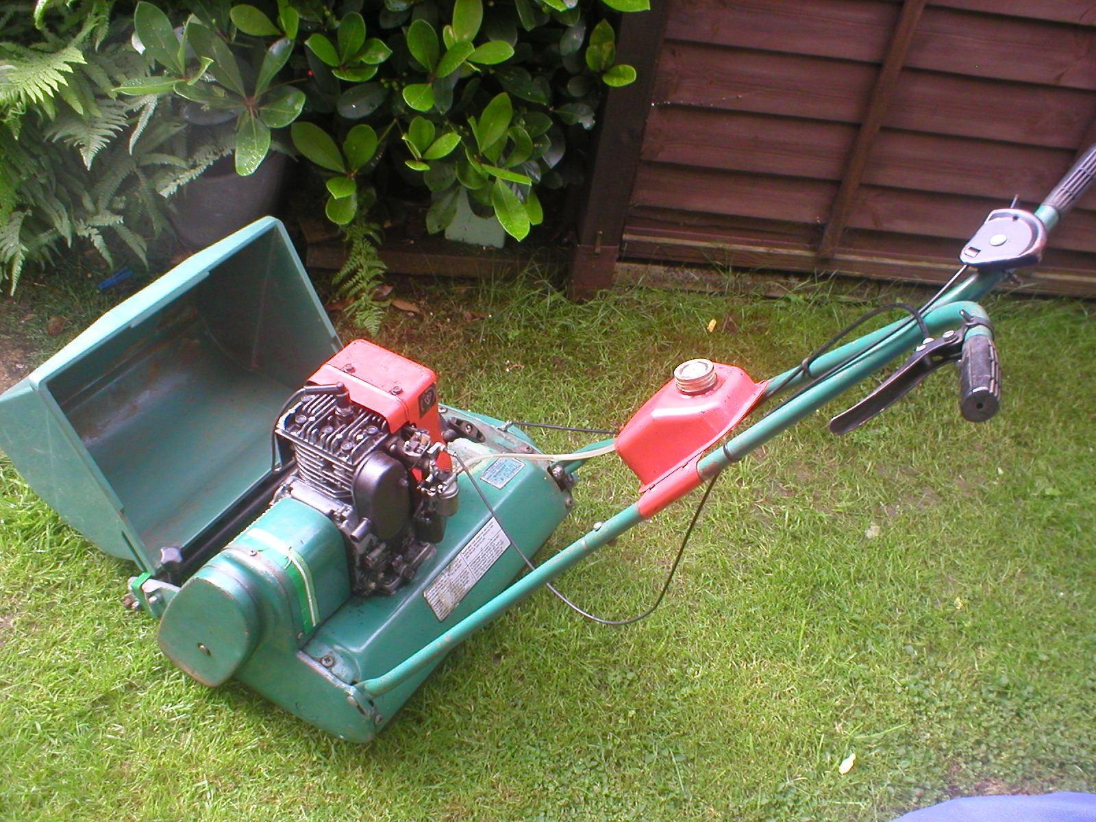 "Qualcast 17"" cylinder self propelled petrol mower"