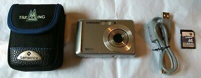 Samsung ES Series ESMP Digital Camera - Silver w. SD