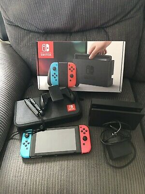 Nintendo Switch 32GB Neon Red/Blue Console