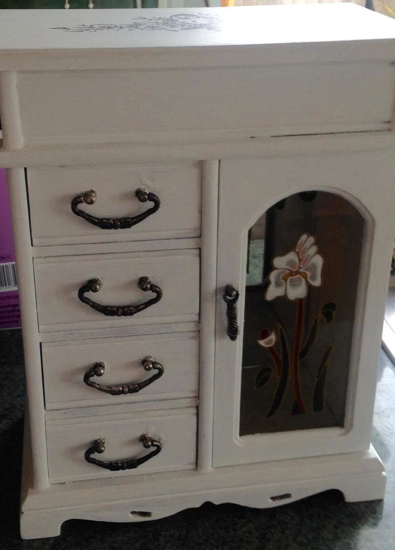 Hand painted jewellery box