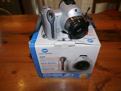 Konica Minolta DiMAGE Z3 4.0MP Digital Camera - Silver (Kit