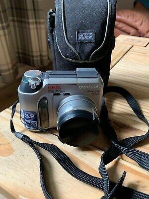 Olympus CAMEDIA 730 Ultra Zoom 3.2MP Digital Camera -
