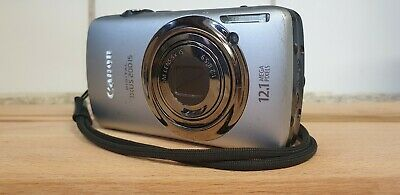 Canon IXUS 200 IS Digital Camera - Silver