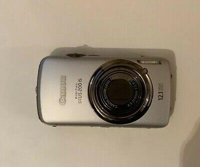 Canon Ixus 200 IS Digital Camera