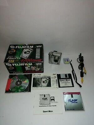 Fujifilm FinePix  Zoom 2.2MP Digital Camera Silver Boxed
