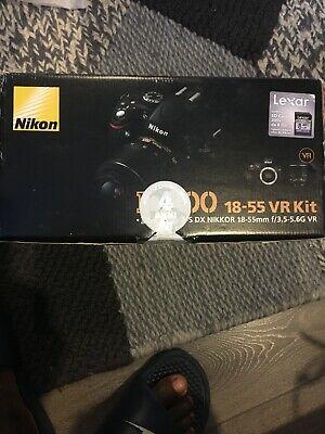 Nikon DMP Digital SLR Camera-Black (Kit with VR