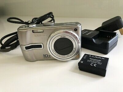 Panasonic LUMIX DMC-TZ3 7.2MP Digital Camera - Silver.