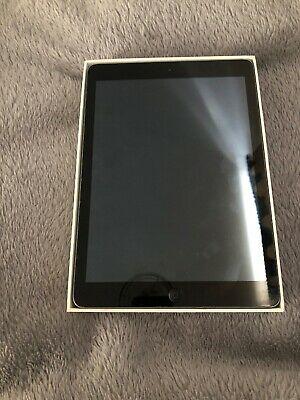 Apple iPad Air 16GB, Wi-Fi, 9.7in - Silver