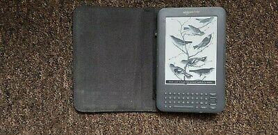 Amazon Kindle Keyboard (3rd Generation) 4 GB, Wi-Fi + 3G