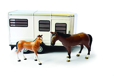 Britains Big Farm  Scale Horse Trailer with Horse