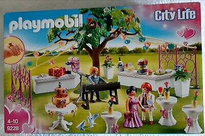 Playmobil City Life  Wedding Set