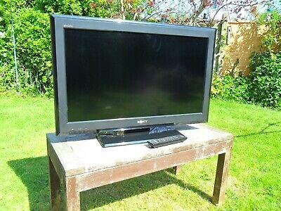 "SONY BRAVIA 32"" LCD TV WITH ORIGINAL REMOTE CONTROL"